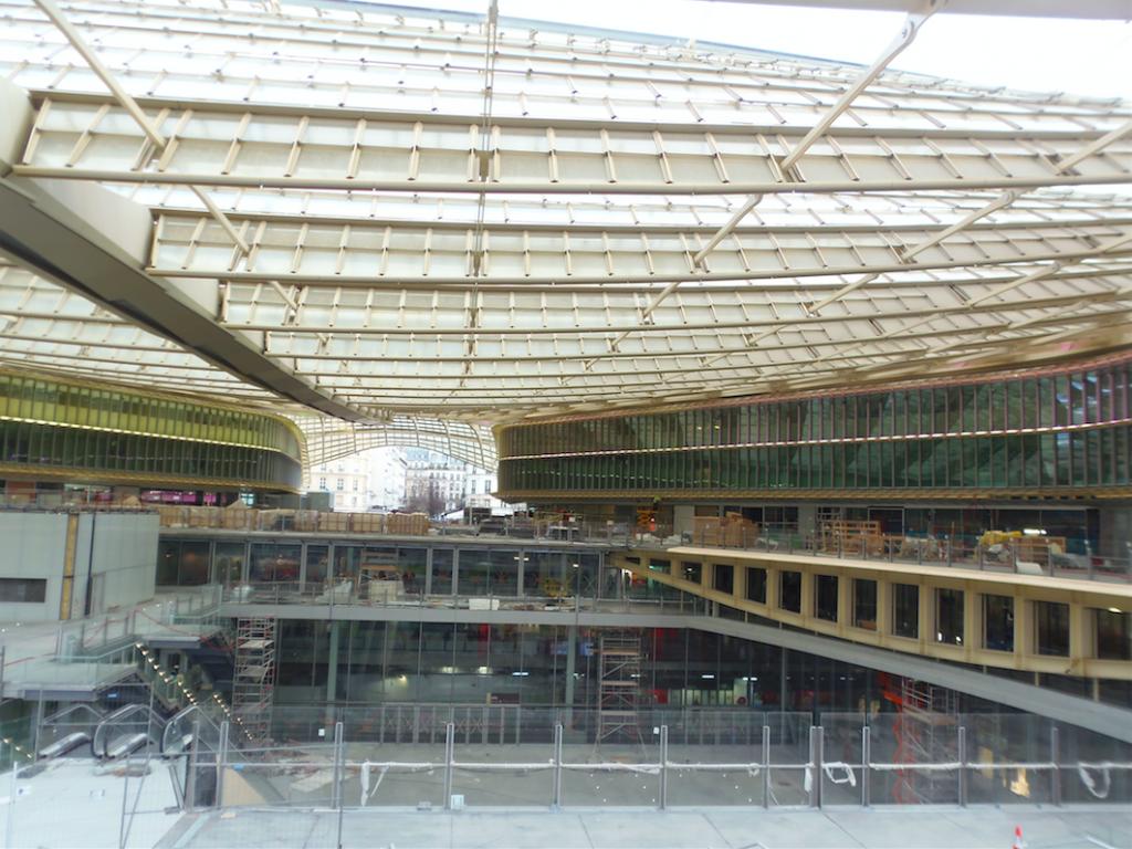 Vue de la Canopée des Halles encore en construction